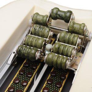 pat de masaj cu pietre de jad